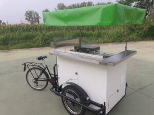 triciclo cargo bike roma rosticceria street food